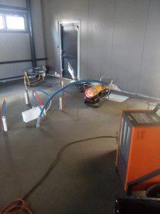 nagrzewnice powietrza w osuszanym budynku